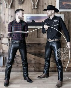image Mens Leather Pants, Tight Leather Pants, Hot Country Boys, Hot Cowboys, Muscular Men, Sharp Dressed Man, Leather Fashion, Fashion Black, Black Men