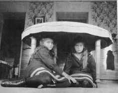 Maria & Anastasia, 1908.
