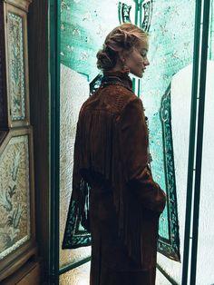 Photo Rosie Huntington Whiteley by Sebastian Kim for Vogue Korea November 2015