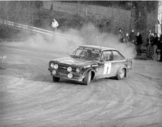 Classic Race Cars, Ford Escort, Rally Car, Car And Driver, Racing, School, Sports, Vintage, Cars