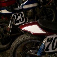 L'atelier moto de 6th Street Specials, à travers l'objectif de Grant Ray…
