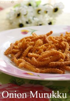 Murukku is one of the most interesting and delicious Indian snack item. My mom makes crispy crunchy and flavorful murukku for our 4 pm gru. Veg Recipes, Indian Food Recipes, Chicken Recipes, Cooking Recipes, Diwali Snacks, Diwali Food, Indian Appetizers, Indian Snacks, Indian Sweets