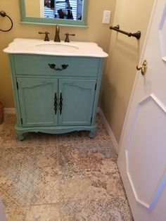 Decor, Bathroom Vanity, Porcelain Tile Bathroom, Natural Kitchen, Tile Bathroom, Porcelain Tile, Home Decor, Bath Renovation, Bathroom