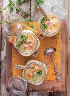 Sopa de grão-de-bico, carne de porco e legumes