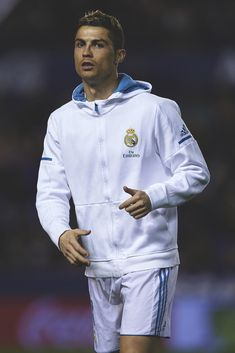 Cristiano Ronaldo looks on prior to the La Liga match between Levante and Real Madrid
