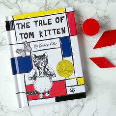 The Tale Of Tom Kitten Beatrix Potter Designer Editions: The Tale of Tom Kitten is set in the cottage garden Beatrix created herself at Hill Top, the farm she owned near the village of Sawrey. Tom and his sisters look so smart in their new clothes. When their mother sends them outside while she waits for her visitors, she couldn't possibly guess what kind of mess they are going to get themselves into! This edition is part of a collection of five books designed by iconic British and Irish…