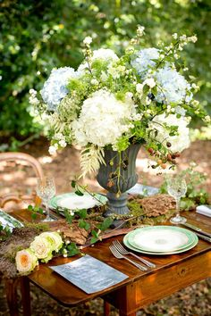Image by Carrie Bugg - A Pretty Romantic Inspiration Shoot Styled By Sweet Dream Events Showcasing Outdoor Wedding Venues In The New Forest From Cottonwood Weddings Deco Floral, Arte Floral, Floral Design, Wedding Centerpieces, Wedding Table, Wedding Decorations, Centrepieces, Wildflower Centerpieces, Hortensia Hydrangea