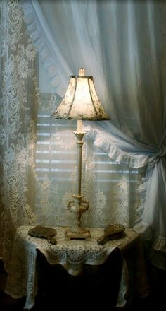 ❤°(¯`★´¯)Shabby Chic(¯`★´¯)°❤.Scottish lace and Simply Shabby Chic curtains. Shabby Chic Lamps, Shabby Chic Curtains, Simply Shabby Chic, Shabby Chic Bedrooms, Shabby Chic Cottage, Vintage Shabby Chic, Shabby Chic Style, Shabby Chic Furniture, Ruffled Curtains