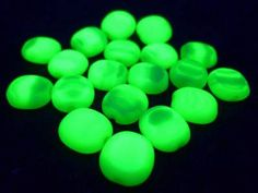 "Lot of 30 Pcs Vtg Czech Uranium Vaseline GREEN WHITE Glass Ovals Beads 3/8"" 10mm by MuchMoreThanButtons on Etsy"