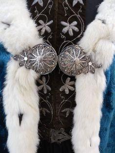 Icelandic national costumes Textile Museum, Movie Costumes, Folk Costume, Troll, Iceland, Vikings, Dream Catcher, Scandinavian, Initials