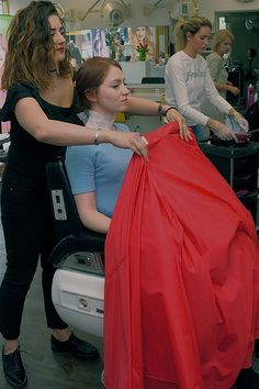 Best Hair Salon, Barber Chair, Beauty Shop, Haircuts, Cape, Shops, Floor, Long Hair Styles, Girls