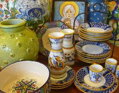 Written by Jessica Graybill I take home my paychecks in the form of pottery, so I can relate. The Italian hillside town of Deruta, in Umbria, is known throughout the world for its production of exquisite pottery. Deruta is one of Ceramic Jars, Ceramic Tableware, Ceramic Pottery, Painting Melamine, Italian Pottery, Painted Pots, Hand Painted Ceramics, Mystic, Dinnerware