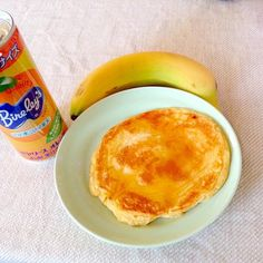レシピとお料理がひらめくSnapDish - 4件のもぐもぐ - Snack time with my homemade pancake,banana&orange juice ;-) by jo