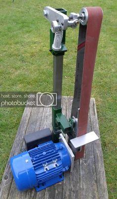 Modular Grinder Kits Tools Of The Trade Welding Classes, Welding Jobs, Cool Welding Projects, Welding Ideas, Knife Grinder, Belt Grinder, Homemade Tools, Diy Tools, Safe Schools