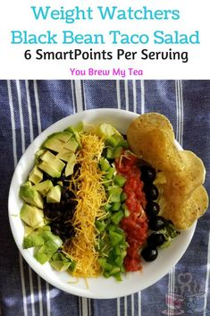 WW) Mexican Salad: Make our Black Bean Mexican Salad Recipe for only 6 SmartPoints per serving on the Weight Watchers Beyond The Scale program! Weight Watchers Salad, Weight Watchers Vegetarian, Weight Watchers Lunches, Weight Watcher Dinners, Mexican Salad Recipes, Mexican Salads, Lunch Recipes, Taco Salads, Mexican Shrimp