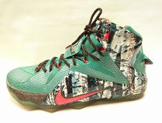 Nike Lebron XII 12 XMAS Emerald Green Hyper Punch 707558-363 Size 12  | Clothing, Shoes & Accessories, Men's Shoes, Athletic | eBay!