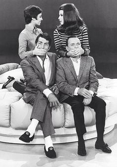 Dean Martin and Frank Sinatra with their daughters Tina Sinatra and Deana Martin (1967)