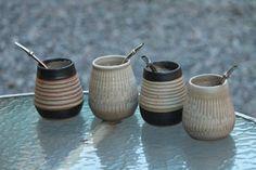 recioso y delicado mate de cerámica gres, de fabricación artesanal. www.anuheceramica.blogspot.com