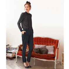 Print shirt, straight leg trousers (bow in hair) Office Fashion, Urban Fashion, Fashion Looks, Style Couture, Couture Fashion, Style Preppy, My Style, Oxfords, Mademoiselle R
