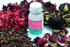 Make a winter rose potpourri using dried roses and fragrance oil - blog post from driedflowercraft.co.uk
