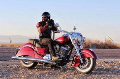 Segunda-feira Classic!!! Indian Rio - Av. das Américas, 1215. #indianmotorcycle #indianmotorcycles #indianmotorcyclebrasil #indianmotorcyclerio #indianrio #riodejaneiro #errejota #rj #2016 #motorcycle #moto #vintage #chief #instagram #instaphoto #rec #history #film #classic #indianclassic #chiefclassic #lifestyle #custom #bagger