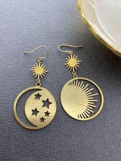 Moon And Star Earrings, Moon Earrings, Cute Earrings, Pendant Earrings, Brass Pendant, Moon Jewelry, Dainty Jewelry, Cute Jewelry, Metal Jewelry