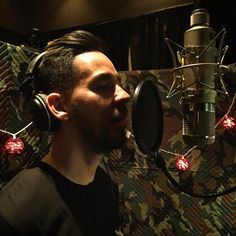 "Mike Shinoda on Instagram: ""Looks like the Flea won the mic shootout. Let's record some keeper vocals...#LinkinPark2016"""