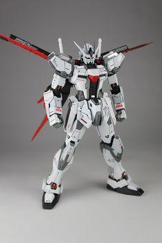 [MG 1/100 Strike Gundam Ver.RM] Flag Ship Gundam: Amazing, Improved plamo Modeled by Kouichi