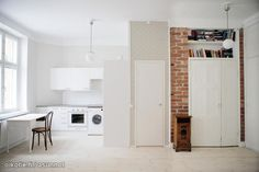Small studio apartment with brick wall / Yksiö tiiliseinällä
