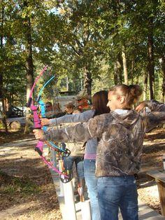 women hunter | Hunting Basics Workshop Attracts Outdoors Women | Louisiana Department ... Camping Attire, Camping Outfits, Outdoor Girls, Outdoor Woman, Louisiana, Oakley Sunglasses, Surfing, Warriors, Diva