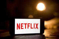 Netflix, la cadena de televisión por Internet líder en el mundo, anuncia la producción de su primera serie original filmada íntegramente en España. Entérate de todos los detalles en café y cabaret.