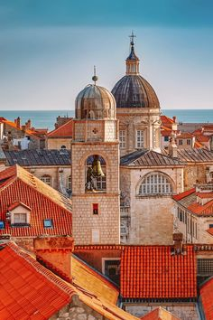 Perched on the gorgeous Adriatic coast, Dubrovnik is one of the many stunning Croatian towns and cities to explore. Visit Croatia, Croatia Travel, Italy Travel, Places To Travel, Places To Go, Dubrovnik Croatia, Zagreb Croatia, Nightlife Travel, Travel Aesthetic