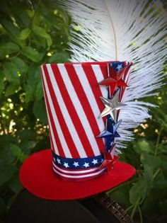 Items similar to Mini Top Hat / Uncle Sam / of July / Patriotic / American Flag on Etsy 4th Of July Parade, Fourth Of July, Patriotic Hats, Patriotic Costumes, Oncle Sam, Mad Hatter Top Hat, 4th Of July Cocktails, Silly Hats, Holiday Hats