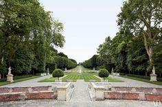 Valentino Garavani's Asian-Inspired Château Near Paris Photos | Architectural Digest