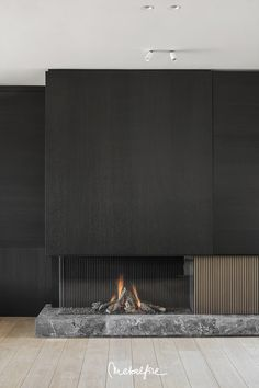 Avenue - Altbau - Welcome Living Room Decor Fireplace, Fireplace Tv Wall, Fireplace Remodel, Modern Fireplace, Fireplace Surrounds, Home Room Design, Home Interior Design, Interior Architecture, Living Room Designs
