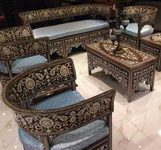 My akar - Salvabrani Decor, Furniture Design, Furniture Showroom, Interior Design History, Thai Decor, Geometric Furniture, Living Decor, Carved Furniture, Pakistani Furniture