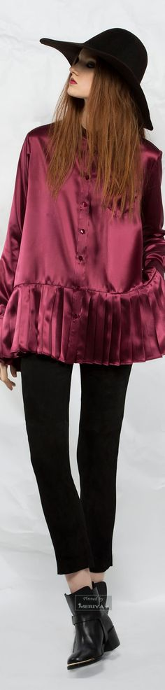 Fashion Magazine Winter Fall 2015 For 2019 Fall Fashion Colors, Winter Fashion, Fashion 2015, Wide Brimmed Hats, 2015 Trends, Couture Collection, Fall 2015, Couture Fashion, Editorial Fashion