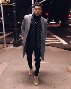 10 Best Casual Shirts For Men That Look Great! - 10 Best Casual Shirts For Men That Look Great! 10 Best Casual Shirts For Men That Look Great! Winter Outfits Men, Stylish Mens Outfits, Winter Clothes For Men, Casual Male Outfits, Mens Casual Dress Shoes, Men Dress, Best Casual Shirts, Moda Blog, Herren Outfit