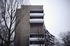 Walter Gropius // Berlin Hansaviertel, balconies // Robert Basik // http://basikpictures.blogspot.de/