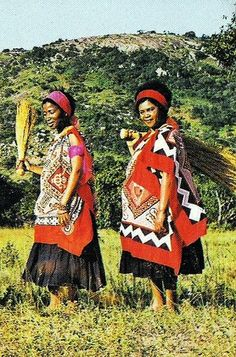 Swaziland. BelAfrique your personal travel planner - www.BelAfrique.com Africa Tribes, East Africa, We Are The World, People Of The World, African Inspired Fashion, African Fashion, African Wear, African Style, Thinking Day