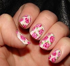 These are super adorable nails.. I would LOVE to have them for my own. :)