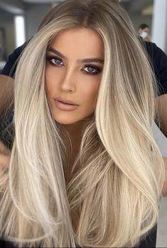 Dyed Blonde Hair, Blonde Hair Looks, Brown Blonde Hair, Blonde Honey, Silver Blonde, Cool Ash Blonde, Black Hair, Beautiful Hair Color, Spring Hairstyles