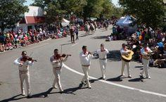 3 Margaritas Restaurant in the Western Welcome Week parade, Littleton, CO