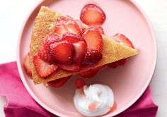 Strawberry Sponge Shortcake http://www.prevention.com/weight-loss/flat-belly-diet/flat-belly-meals-for-your-family/slide/11