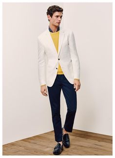 Tommy Hilfiger Tailored makes a strong impression with its spring-summer 2016 collection. Sharp suiting and sportswear are cut trim for the occasion. Tommy Hilfiger Tailored, Modern Gentleman, Spring Summer 2016, Men's Collection, Dapper, Male Models, Supermodels, Sportswear, Menswear