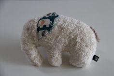 Kuscheltiere - Kuscheltier ELEFANT Bio-Baumwolle-Plüsch Kissen - ein Designerstück von madebybirdie_mini bei DaWanda