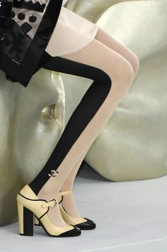 Chanel tights