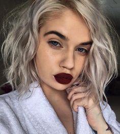 "13.8k Likes, 199 Comments - Lauren Rohrer  (@laurenrohrer) on Instagram: ""Platinum Cranberry Cut Crease ✨  #lips  @gerardcosmetics Lip Pencil in Immortal + Metal Matte…"""