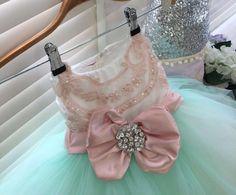 The best thing in the world is seeing your bambini smile because of you. #childrensfashion #kidscouture  #hautecouture #luxury #childrensdesignerwear  #slaymybambini #princessdress #luxurylife #luxuryfashion #theslaynetwork #childrensblog #fashion #cute #flowergirlsdress #girls #mothers  #fashionforgirls #fashioninspo #bridal #weddingfashion #kidsclothing  #littlebride #flowergirl #dubaifashion #richkids #inspiration #mindfulparenting #motherhood #parenting #vogue