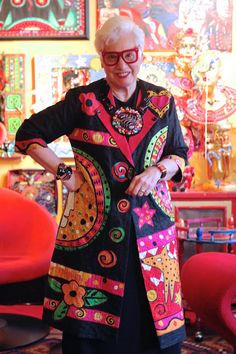 Fashion Over 50, Look Fashion, Fashion Outfits, Moda Tribal, Quilted Clothes, Vetement Fashion, Look Boho, Advanced Style, Young At Heart